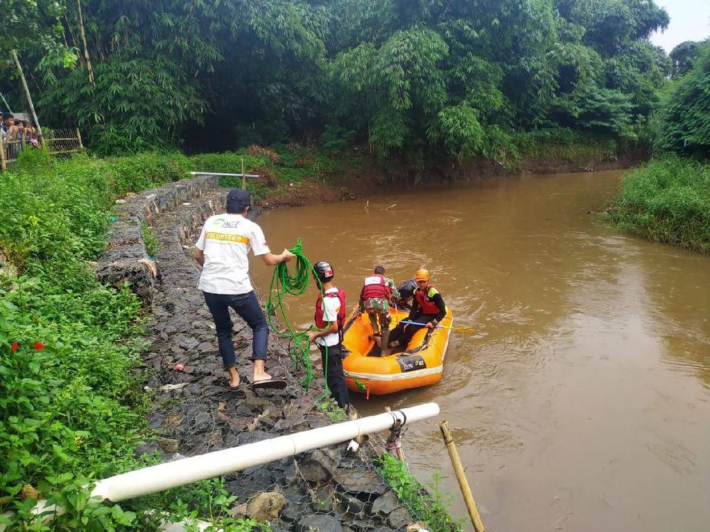 Seorang Pria di Bandung Hilang Diduga Terbawa Arus Sungai Cisangkuy