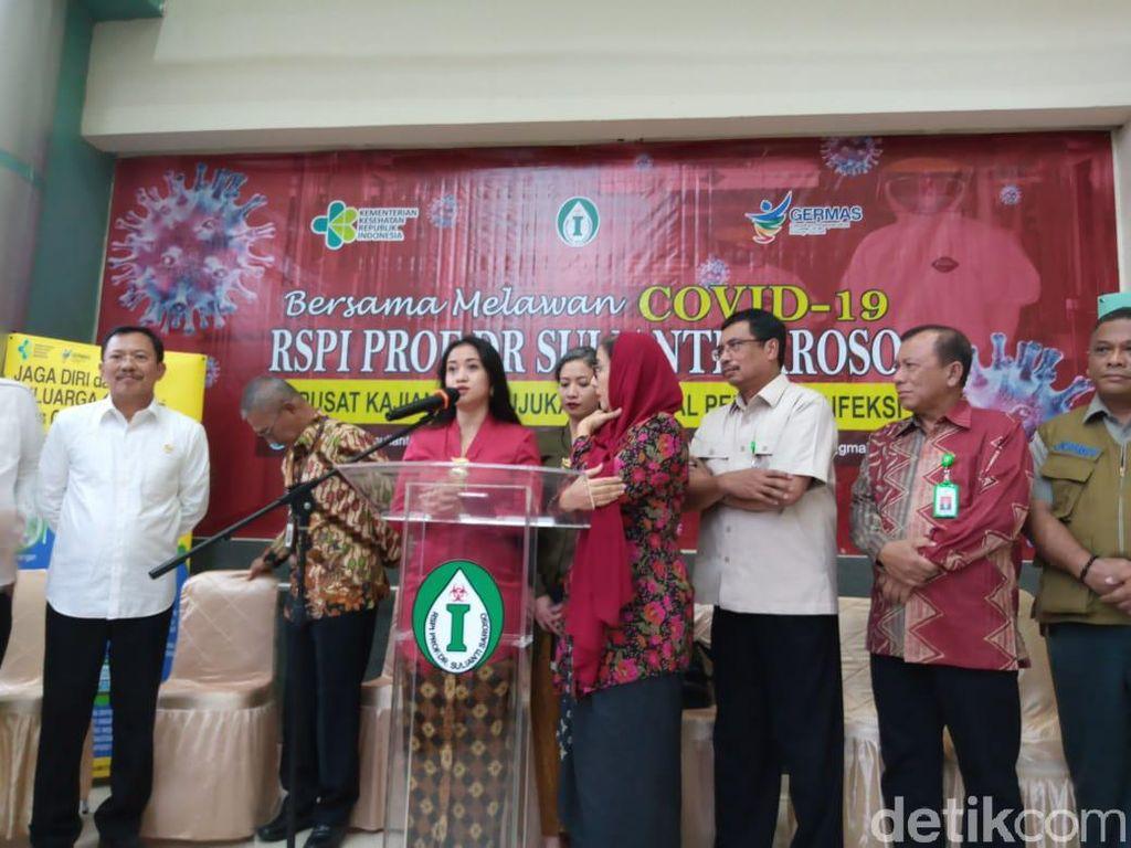 Gelar Konferensi Pers Bareng, Menkes Umumkan Kesembuhan Pasien 01-02-03