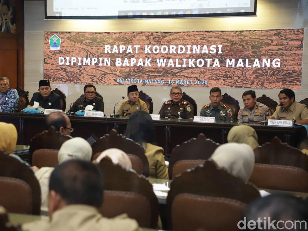 Kota Malang Tutup Akses Keluar Masuk