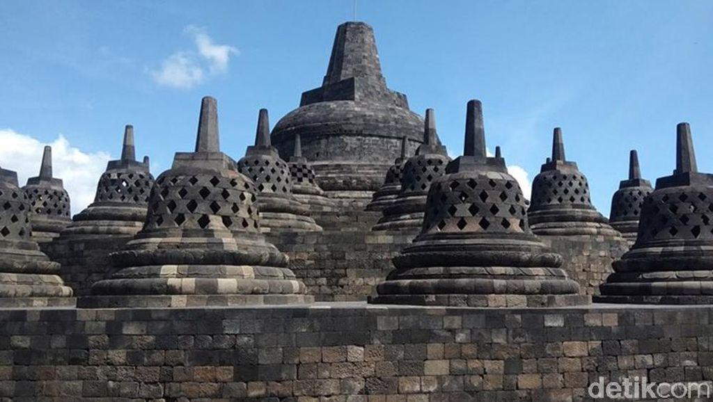 Potret Candi Borobudur yang Sepi Pengunjung