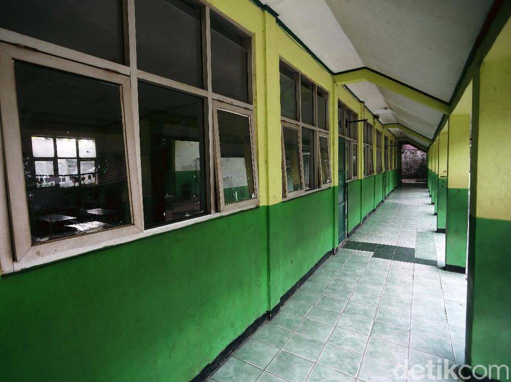 Sekolah Diusulkan Jadi Tempat Isolasi Darurat di Daerah