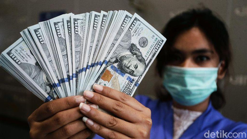 Rupiah Bertekuk Lutut Terhadap Dollar AS