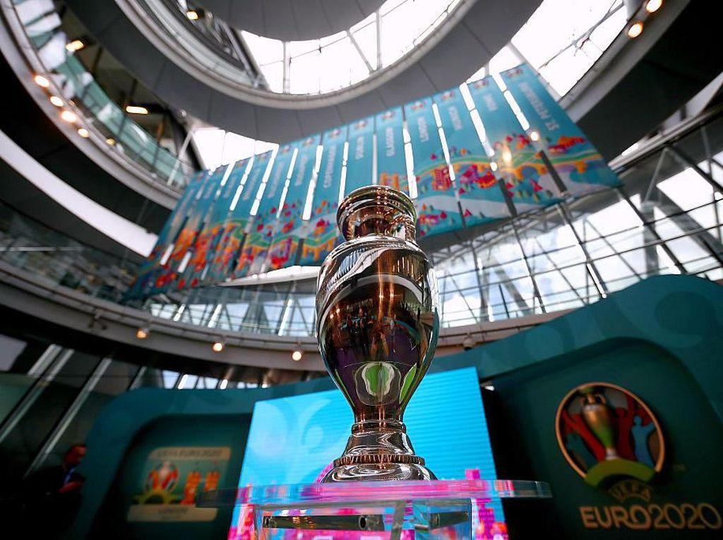 Tak Mau Stadion Kosong, UEFA pun Tunda Piala Eropa 2020