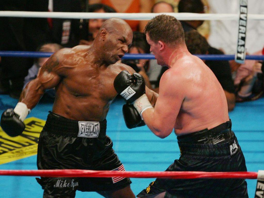 Rahasia Mike Tyson Garang di Ring: Dihipnotis 3 Kali Sehari