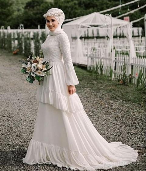 Inspirasi Model Gaun Pengantin Warna Putih Ini Jadikan Hari Pernikahan Makin Spesial