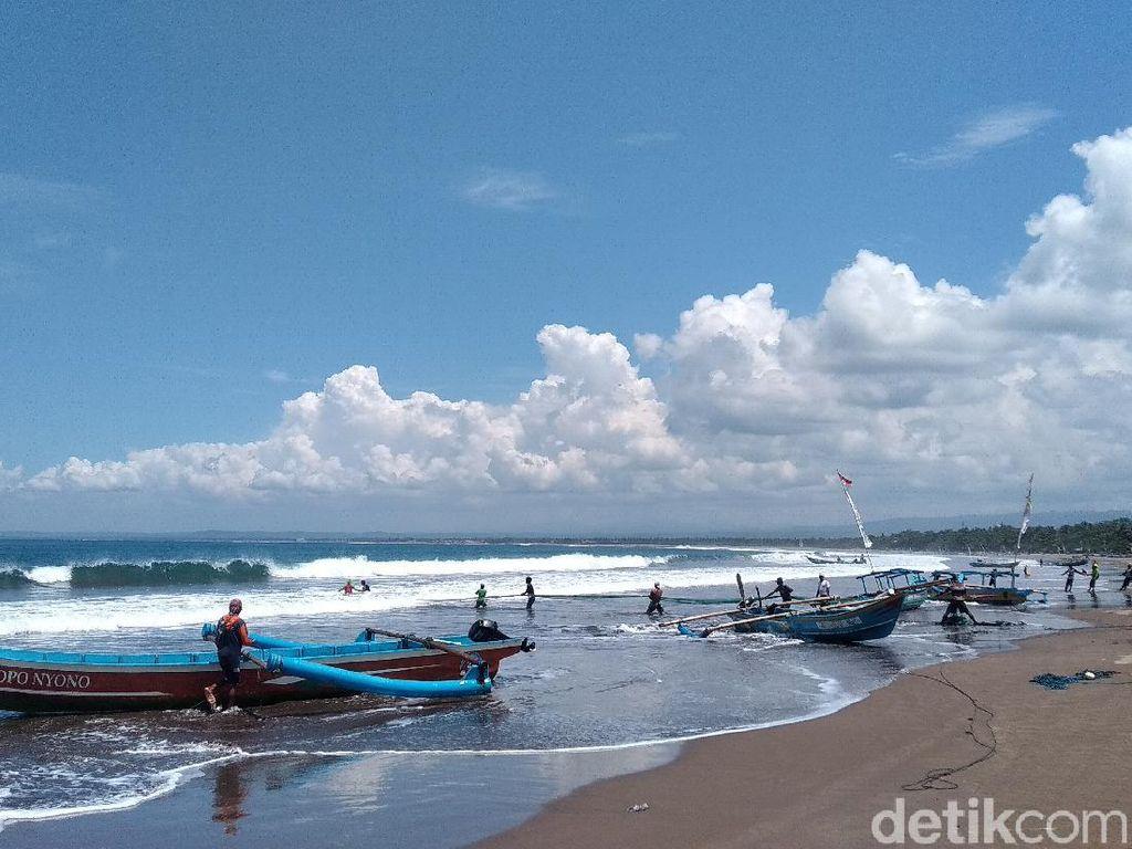 Pantai Pangandaran Sepi, Pariwisata Terpukul oleh COVID-19