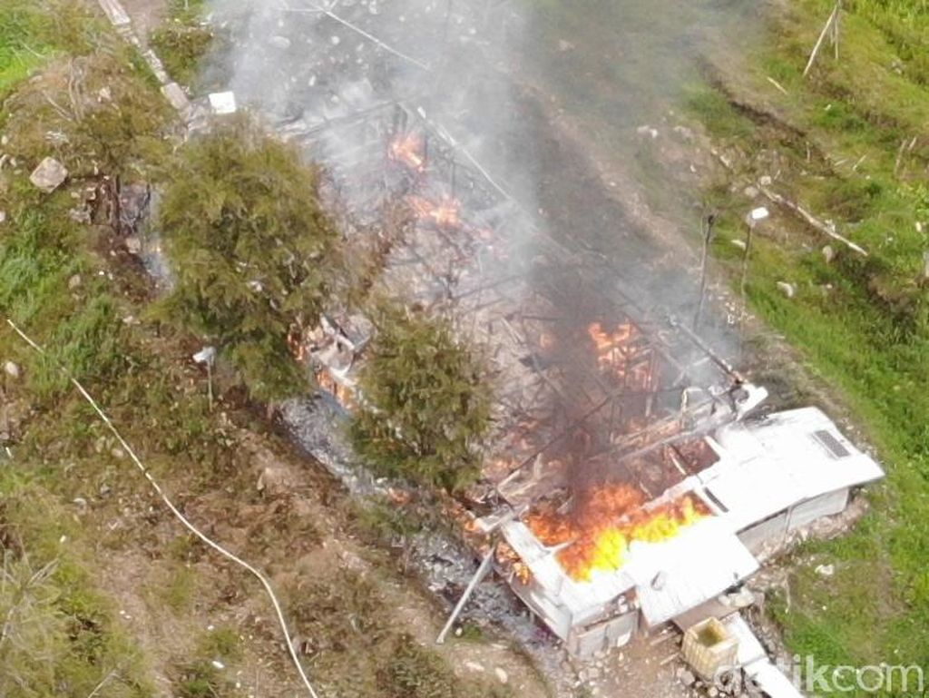 KKB di Papua Terus Bikin Onar, Gereja Warga Dibakar