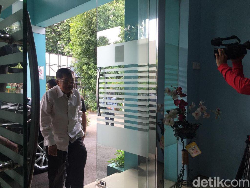JK Hadiri Rapat Bahas Corona di Kantor MUI