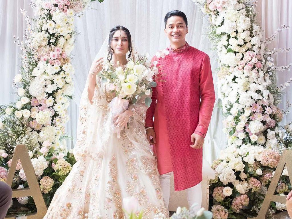 Foto-foto Pernikahan Angbeen Rishi dan Adly Fairuz
