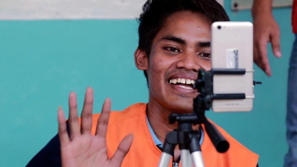 Napi di Lapas Blitar Silaturahmi dengan Keluarga Lewat Video Call