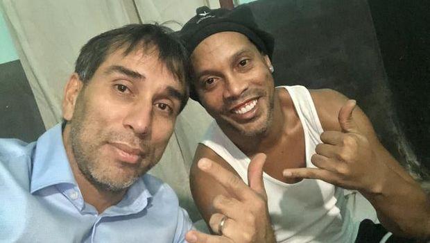 Ronaldinho di Penjara
