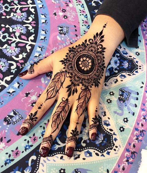 Desain Henna Pengantin Ini Akan Membuat Tampilan Tanganmu Makin Cantik Intip Beragam Modelnya Di Sini