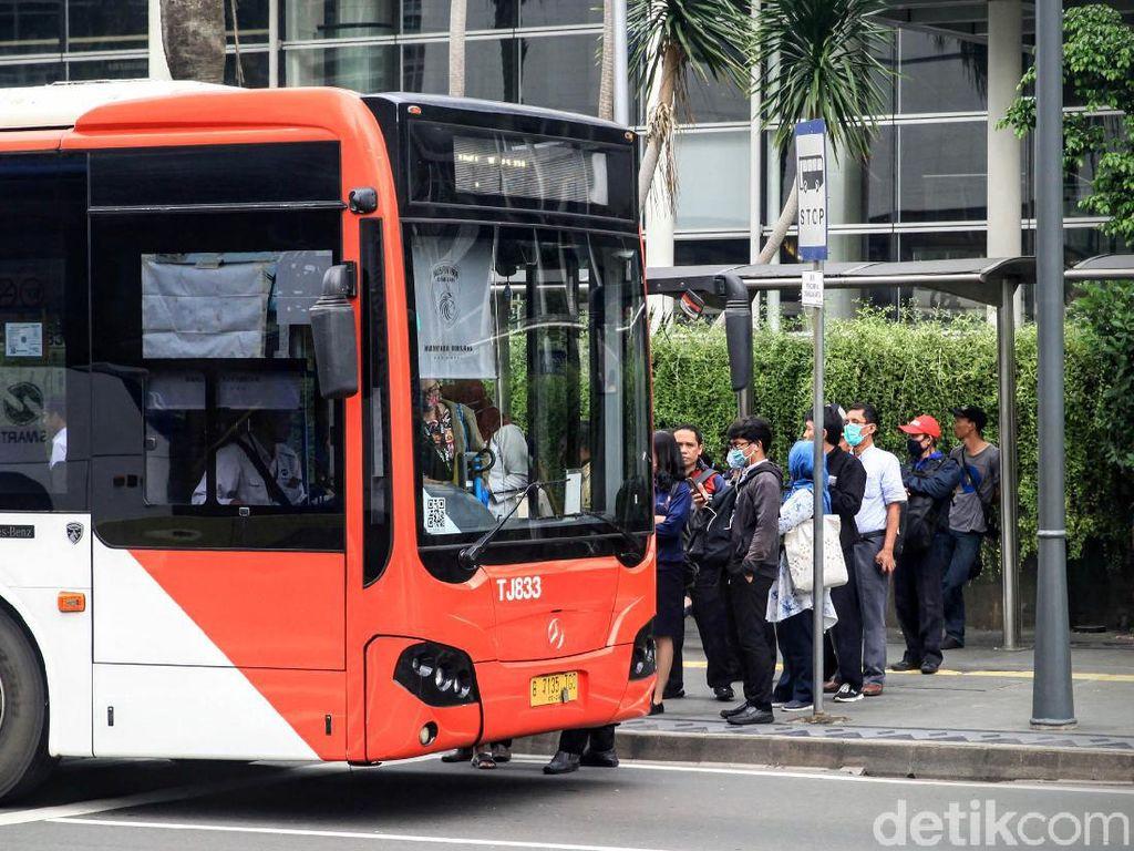 Protokol Kesehatan di Transjakarta Saat PSBB Transisi