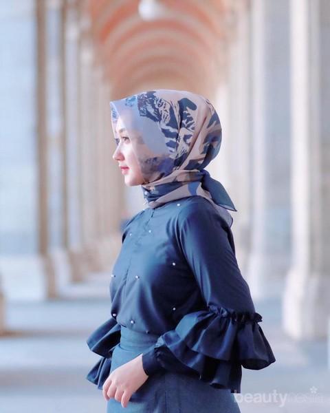 Style Hijab Simple Segi Empat Ini Oke Banget Untuk Sehari Hari Kamu Bisa Cobain Ladies