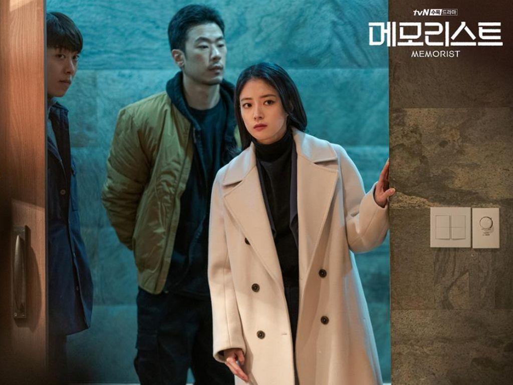 Memorist, Ajang Reuni Yoo Seung Ho dan Lee Se Young Setelah 8 Tahun