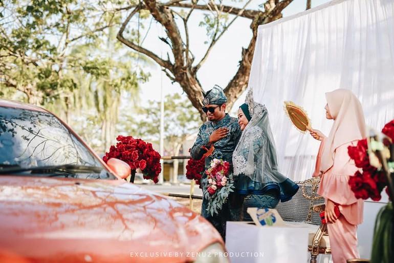 Potret Pernikahan Unik, Resepsi ala Drive-Thru untuk Cegah Virus ...