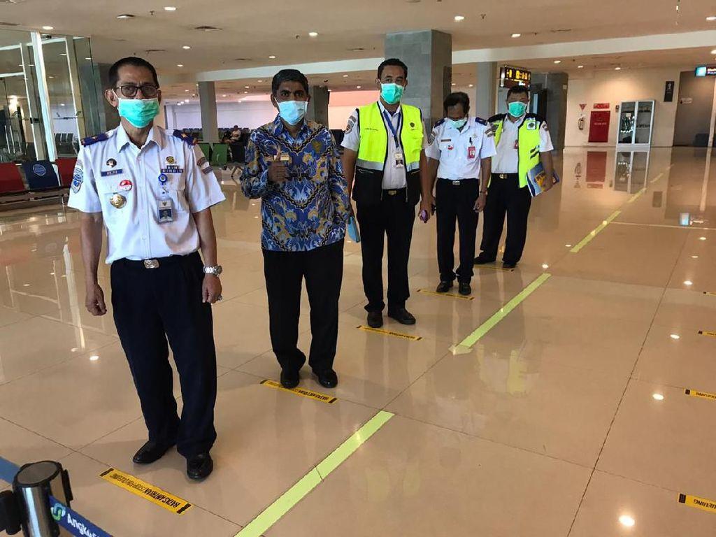 Waspada Corona, Bandara di RI Terapkan Antrean dengan Jarak 1 Meter