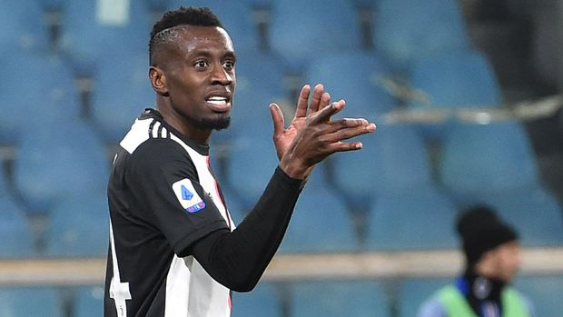 GENOA, ITALY - DECEMBER 18: Blaise Matuidi of Juventus gestures during the Serie A match between UC Sampdoria and Juventus at Stadio Luigi Ferraris on December 18, 2019 in Genoa, Italy. (Photo by Paolo Rattini/Getty Images)