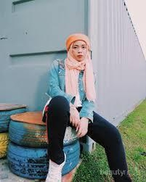 Cari Inspirasi Hijab Kekinian Follow Selebgram Hijab Ini Aja