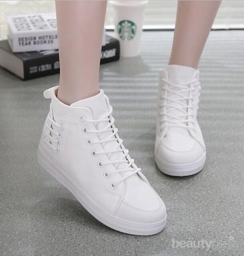Ladies Ini Merek Sepatu Sneakers Wanita Terbaik Untuk Mempercantik Penampilanmu Kamu Wajib Punya