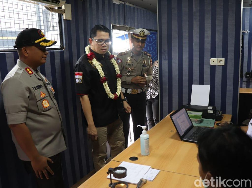 Komisi III DPR Apresiasi TACS dan Astuti Mobile Inovasi Polisi di Tulungagung