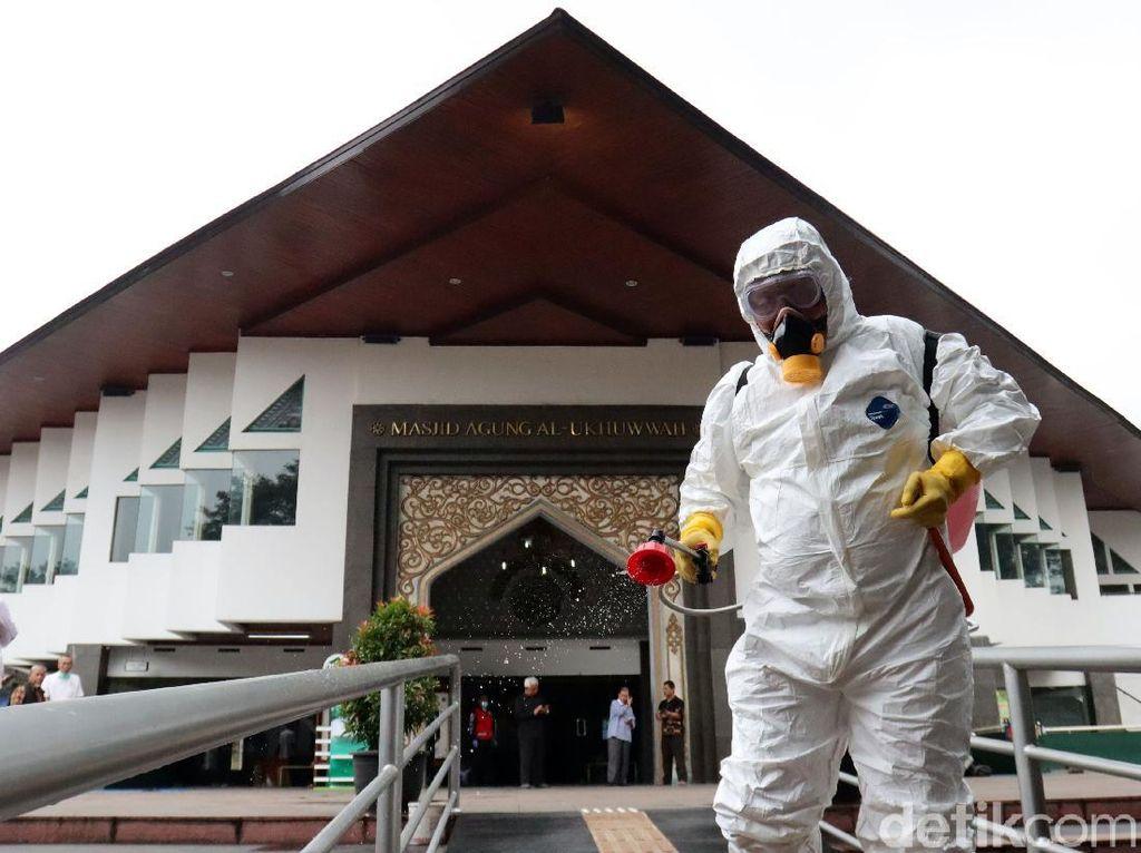 Masjid Al-Ukhuwah Bandung Kembali Gelar Jumatan, Jumlah Jemaah Dibatasi