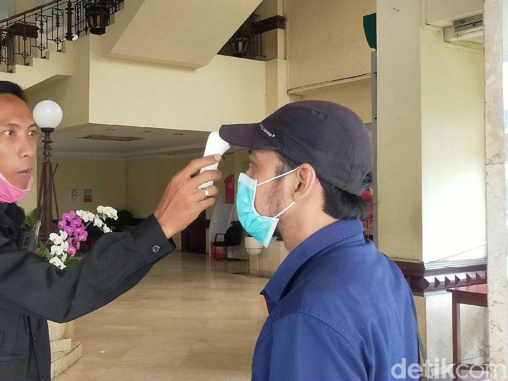 DPRD Surabaya Batasi Kegiatan dengan Banyak Orang untuk Cegah Corona