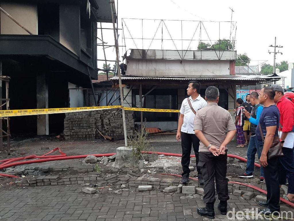 Kebakaran Ruko di Probolinggo, 2 Tewas 48 Terluka Bakar