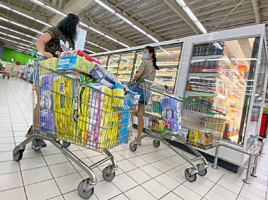 Panic Buying Nyata, Corona Bikin Pembelian Bahan Pokok Naik 350%