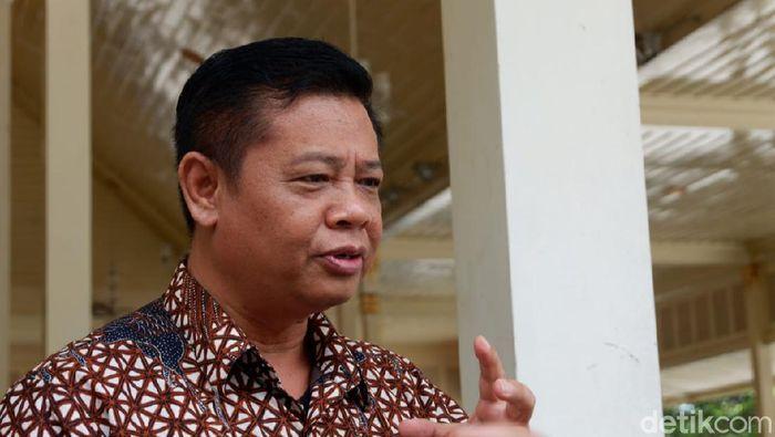 Sekda DIY Kadarmanta Baskara Aji  di Kepatihan, DIY, Kamis (19/3/2020)