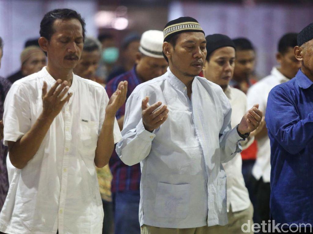 Bacaan Doa Qunut Subuh, Witir, dan Nazilah, Semoga Ramadhan Berkah