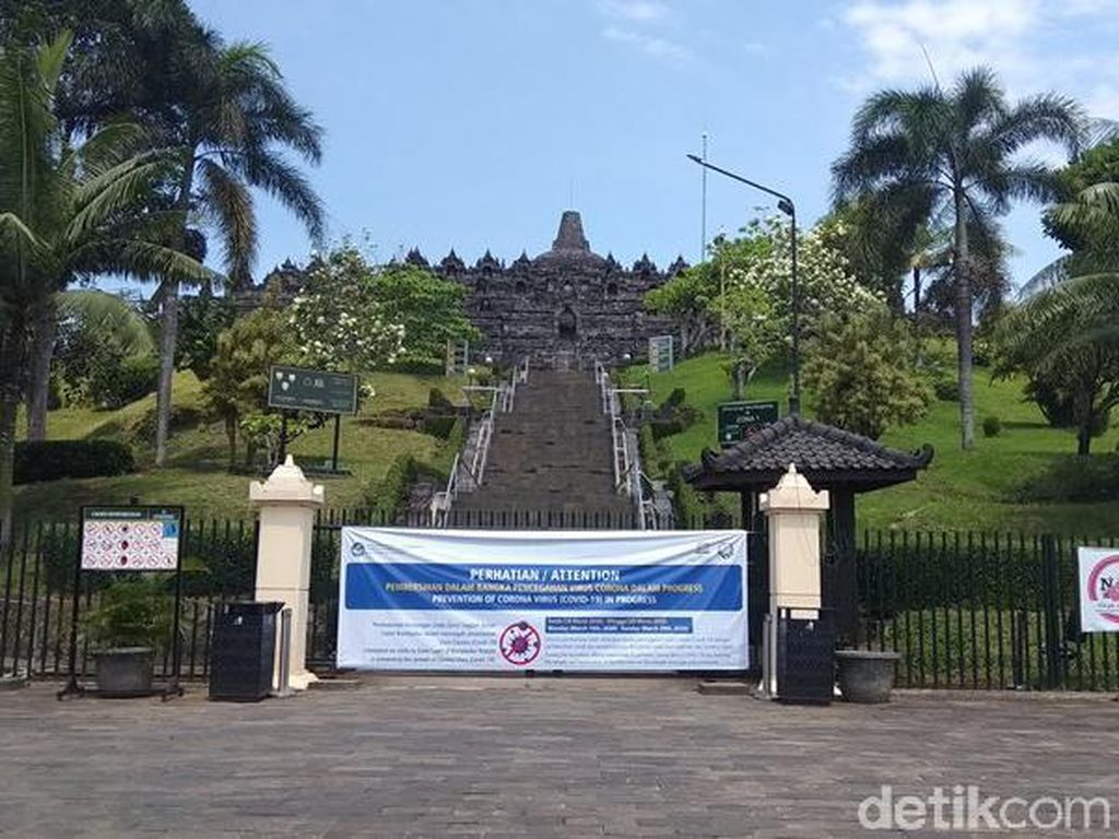 Mengintip Sepinya Candi Borobudur yang Ditutup Gara-gara Corona