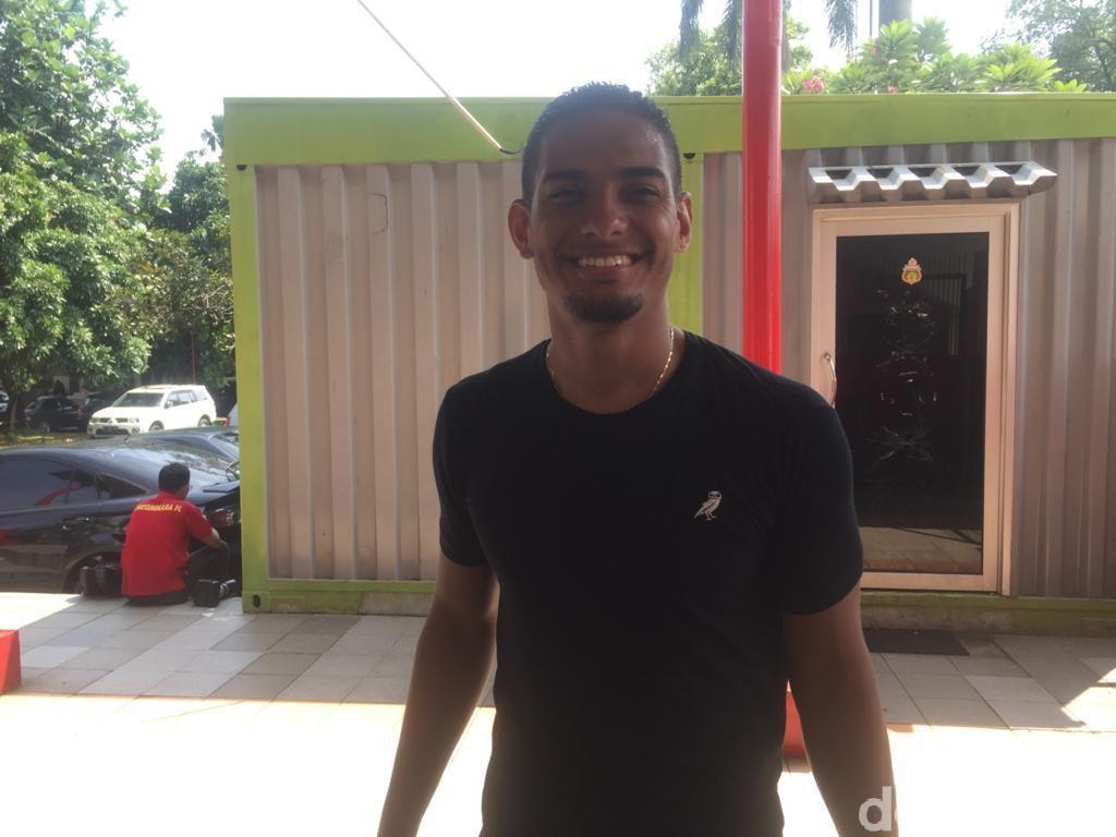 Wabah Virus Corona, Renan Da Silva Tetap Latihan di Stadion PTIK