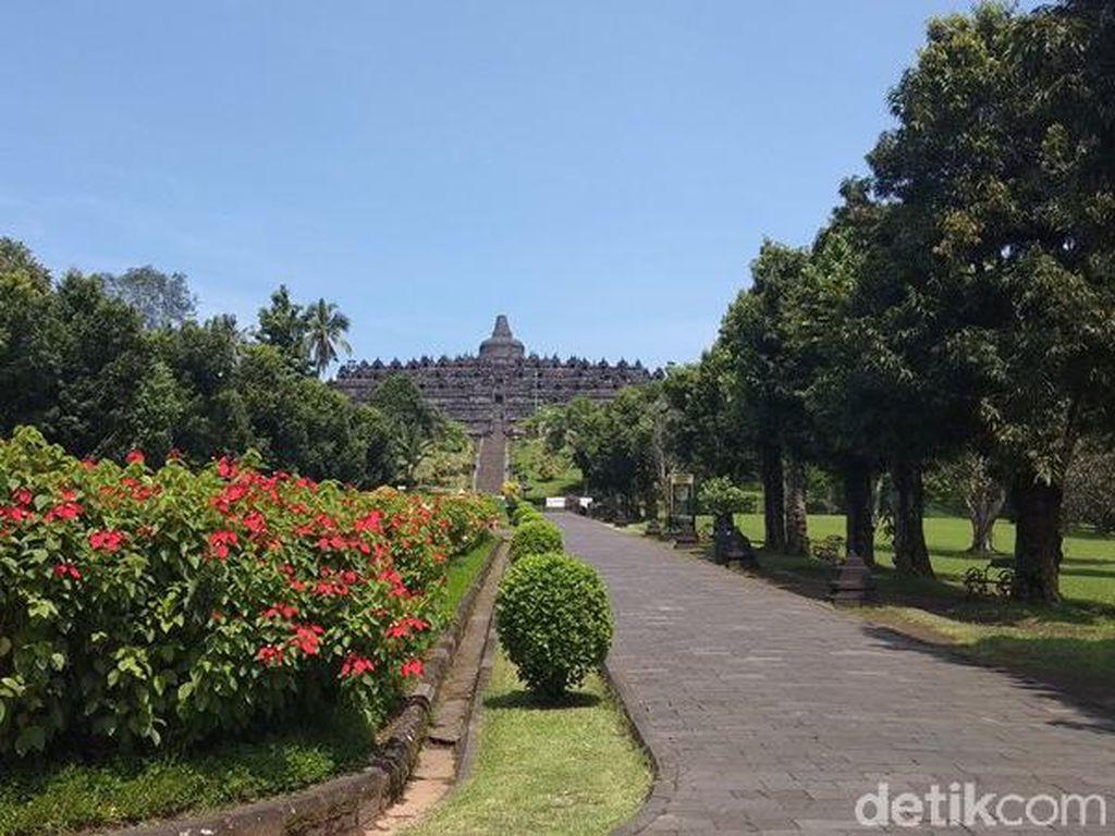 Borobudur Ditutup Sementara, Pengunjung Tetap Ada yang Datang