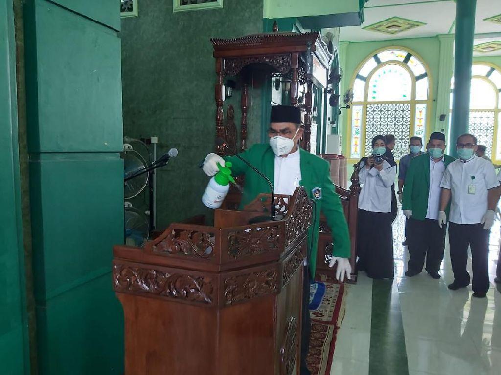 Video: Masjid UMI Makassar Tetap Gelar Salat Jumat