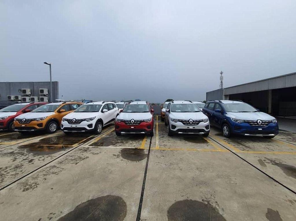 Kenapa Renault Triber Belum Juga Mengaspal di Indonesia?
