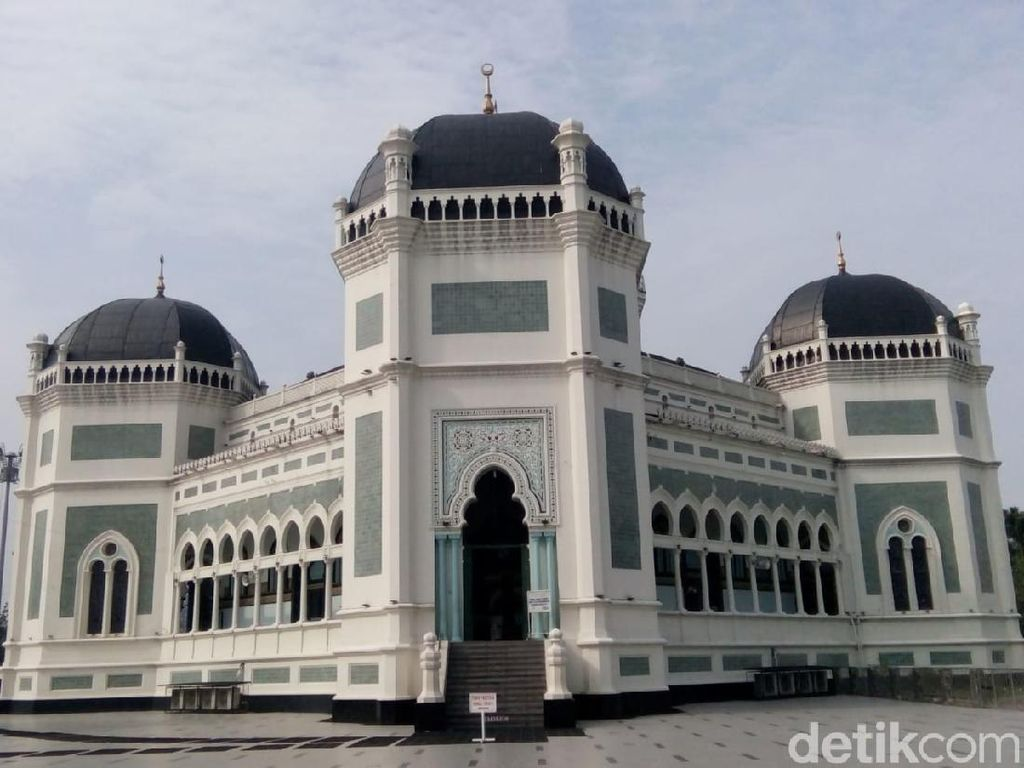 DMI Sumut: Tak Ada Masjid Gelar Salat Jumat 2 Gelombang