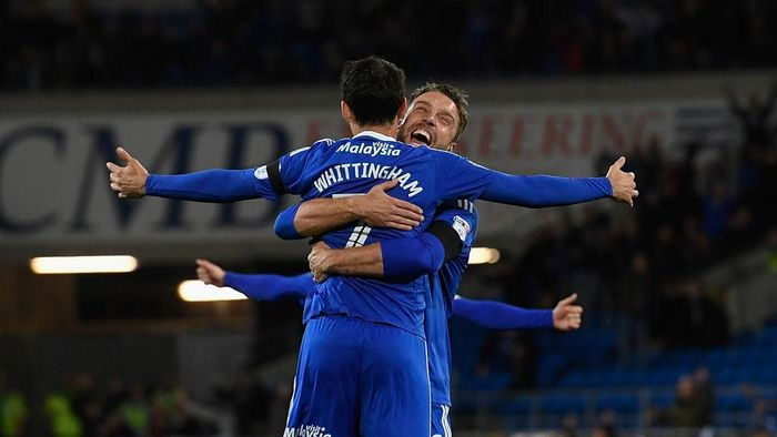CARDIFF, WALES - OCTOBER 19:  Cardiff player Peter Whittingham (l) is congratulated by Rickie Lambert (r) after scoring the opening goal from a free kick  during the Sky Bet Championship match between Cardiff City and Sheffield Wednesday at Cardiff City Stadium on October 19, 2016 in Cardiff, Wales.  (Photo by Stu Forster/Getty Images)