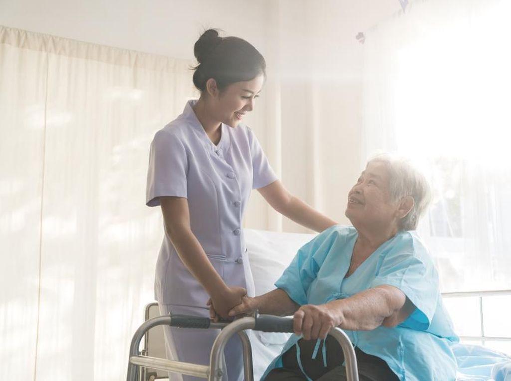 Kisah Pasien Berusia 102 Tahun yang Sembuh dari Virus Corona