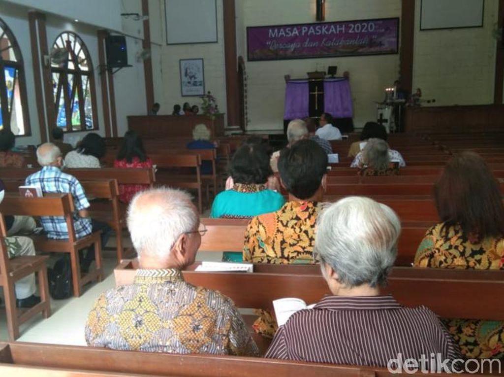 Jemaat Berkurang, Kebaktian Umat Kristiani  Klaten Tetap Khidmat