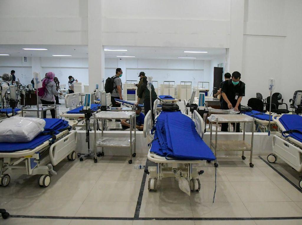 Kemenkum HAM Sumbangkan 9.463 APD Buatan Narapidana ke RS Wisma Atlet