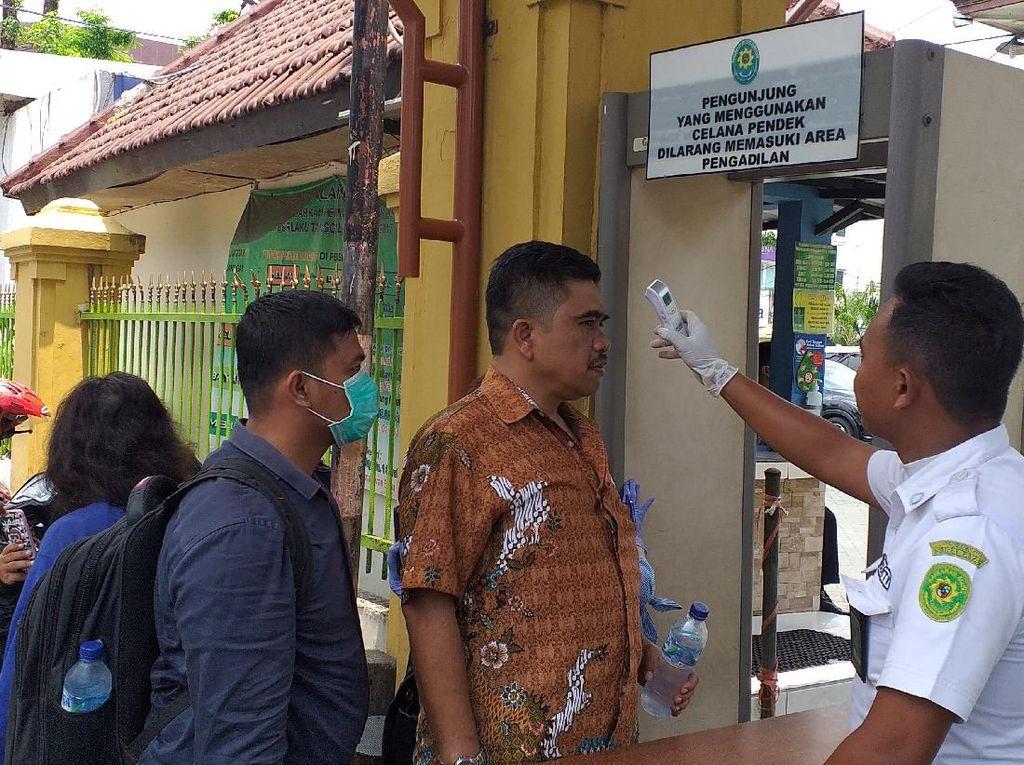 Corona Meluas, PN Surabaya Larang Keluarga Terdakwa Hadiri Sidang