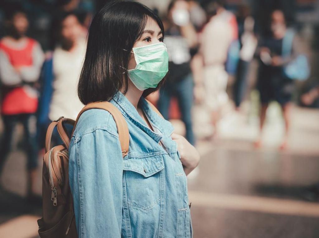 Viral Masker Bedah Disetrika Agar Bisa Dipakai Ulang, Bolehkah?