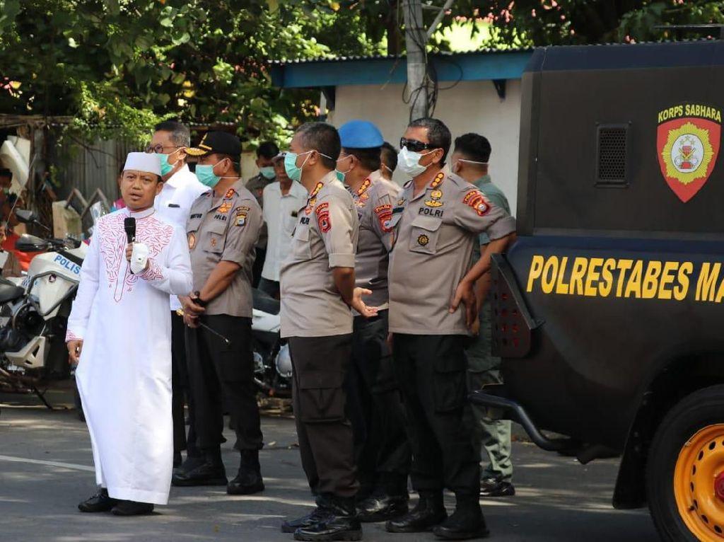 Kapolda Sulsel-Ustaz Dasad Latif Keliling Makassar, Ingatkan Bahaya Corona