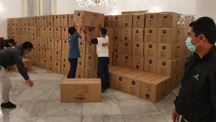40 Ribu APD Tiba, Anies: Siap Lindungi Tenaga Medis Jakarta