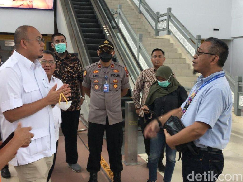 Andre Gerindra Cek Kesiapan Bandara Minangkabau Cegah Corona