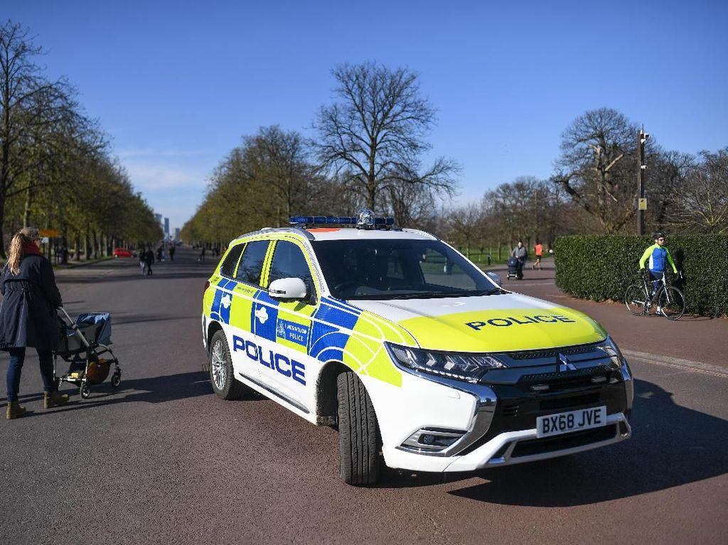 Polisi Nekat Drag Race Pakai Mobil Dinas, Berakhir Nahas