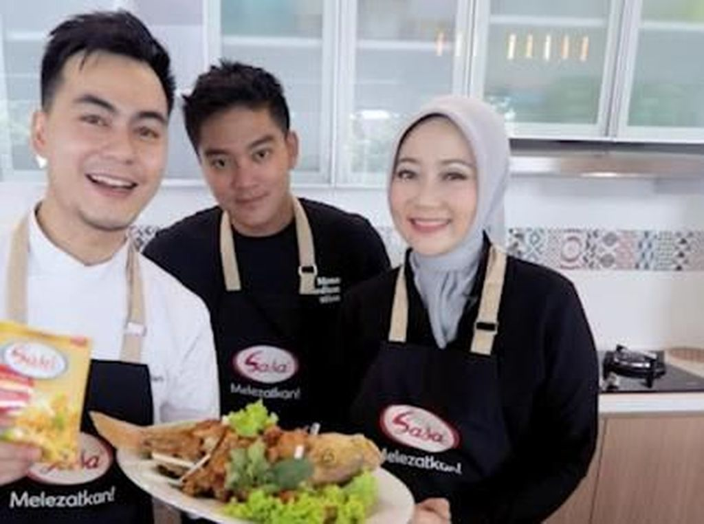 Seru! Istri Ridwan Kamil Masak Ikan bareng Chef Steby & Boy William