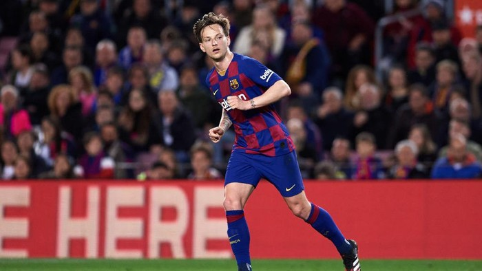 BARCELONA, SPAIN - MARCH 07: Ivan Rakitic of FC Barcelona runs during the Liga match between FC Barcelona and Real Sociedad at Camp Nou on March 07, 2020 in Barcelona, Spain. (Photo by Alex Caparros/Getty Images)