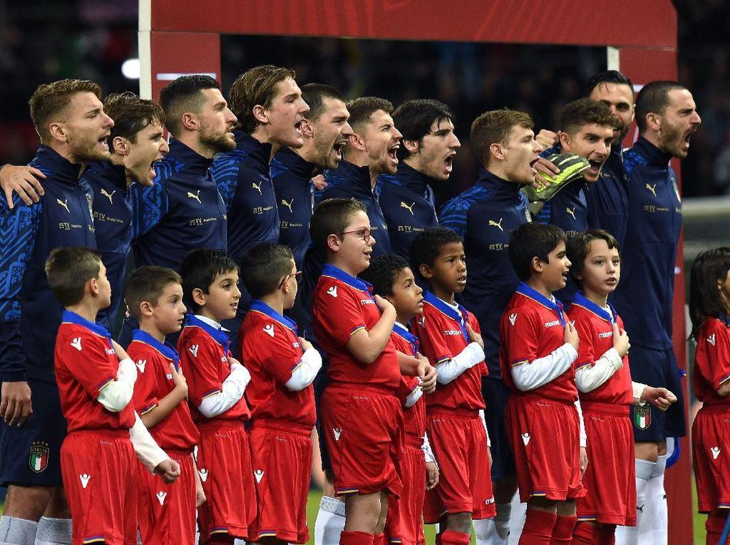 Piala Eropa Diundur, Pemain Muda Italia Diuntungkan